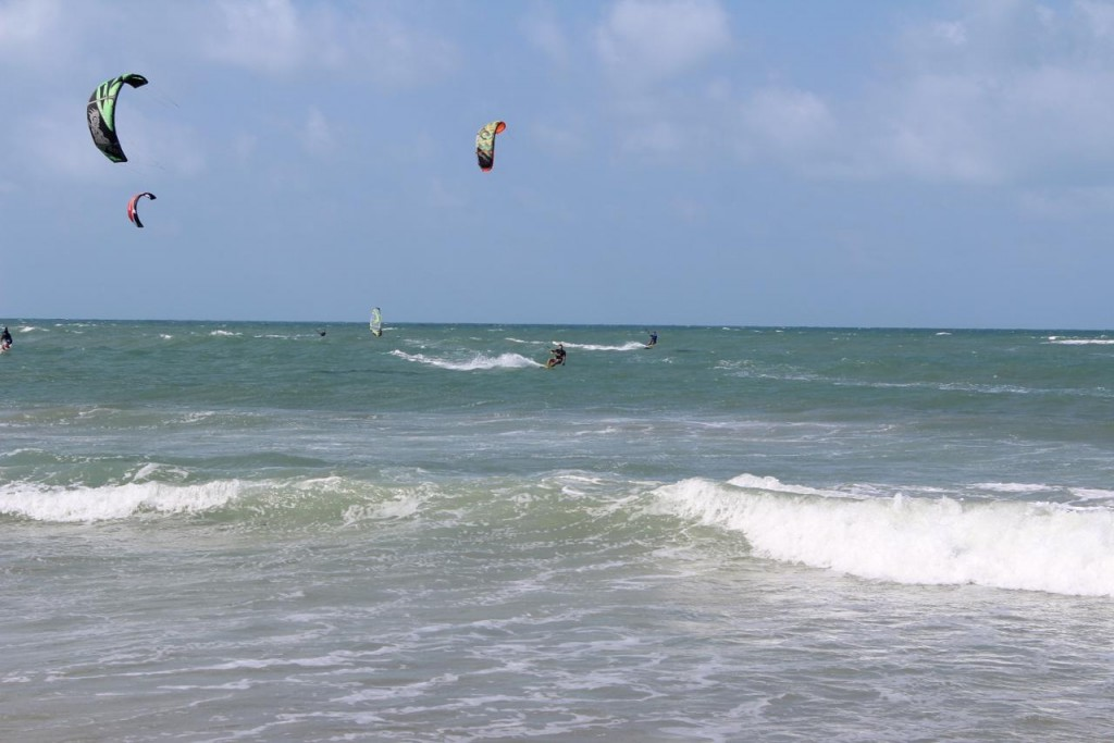 KITE & SURFING
